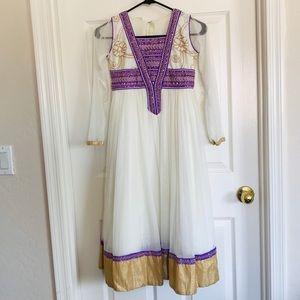 Girls Rajwadi Indian dress size 32